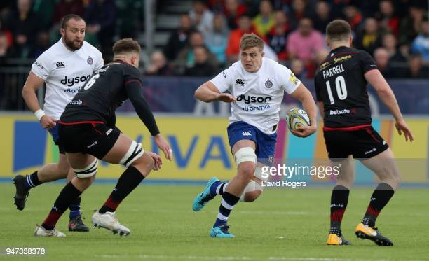 Tom Ellis of Bath runs with the ball during the Aviva Premiership match between Saracens and Bath Rugby at Allianz Park on April 15 2018 in Barnet...