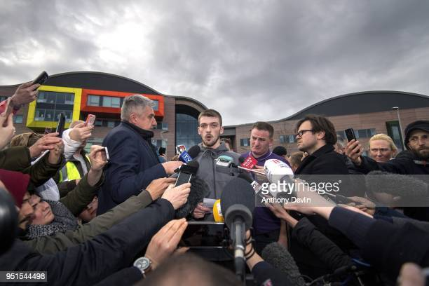 Tom Evans father of Alfie Evans speaks to the media outside Alder Hey Children's Hospital on April 26 2018 in Liverpool England Tom Evans the father...