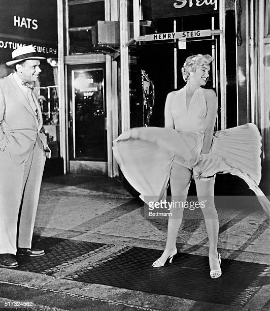 Tom Ewell and Marilyn Monroe in a scene from the movie The Seven Year Itch