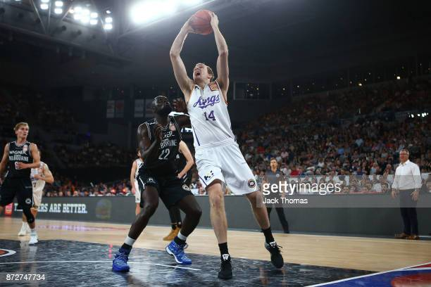 Tom Garlepp of the Sydney Kings shoots during the round six NBL match between Melbourne United and the Sydney Kings at Hisense Arena on November 11...