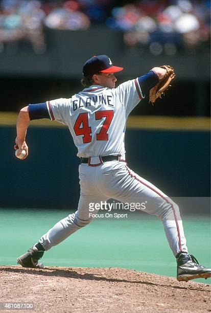 Tom Glavine of the Atlanta Braves pitches against the Cincinnati Reds during an Major League Baseball game circa 1993 at Riverfront Stadium in...