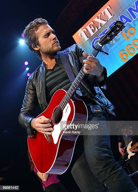 Tom Gossin of Gloriana performs at the Nassau Veterans Memorial Coliseum on May 14, 2010 in Uniondale, New York.
