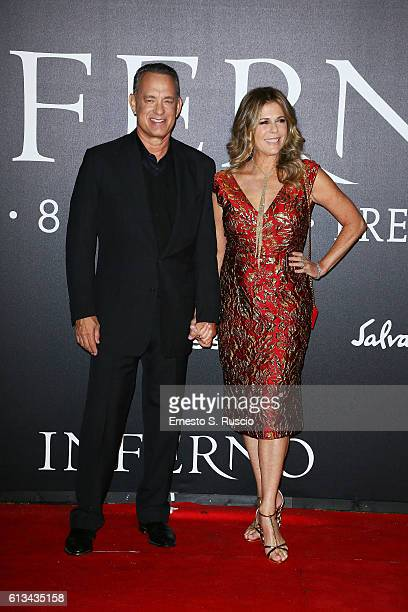 Tom Hanks and his wife Rita Wilson walk the red carpet at 'Inferno' premiere at Opera Di Firenze on October 8 2016 in Florence Italy