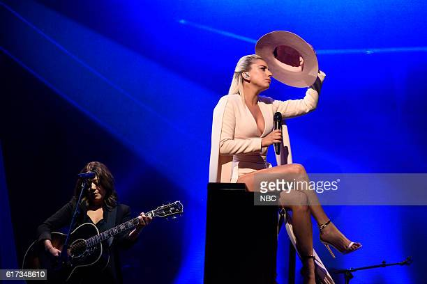 LIVE 'Tom Hanks' Episode 1708 Pictured Musical guest Lady Gaga performs on October 22 2016