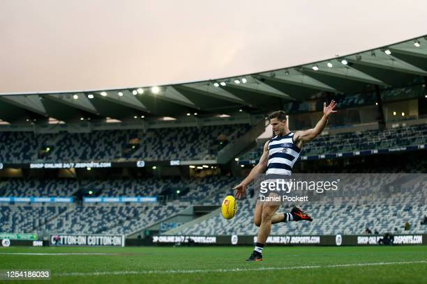 Tom Hawkins of the Cats kicks at goal during the round 5 AFL match between the Geelong Cats and the Gold Coast Suns at GMHBA Stadium on July 04, 2020...