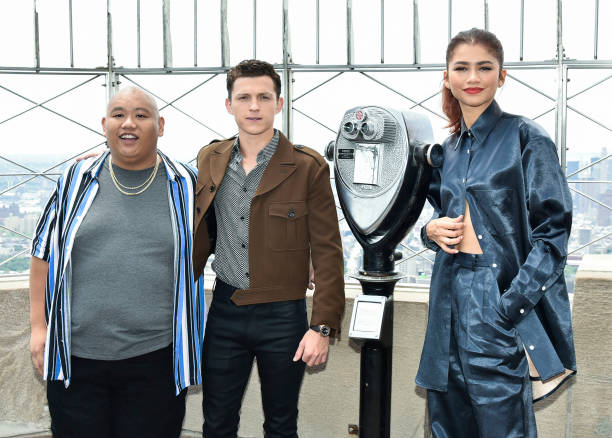 NY: Spider-Man: Far From Home Cast Light Up The Empire State Building