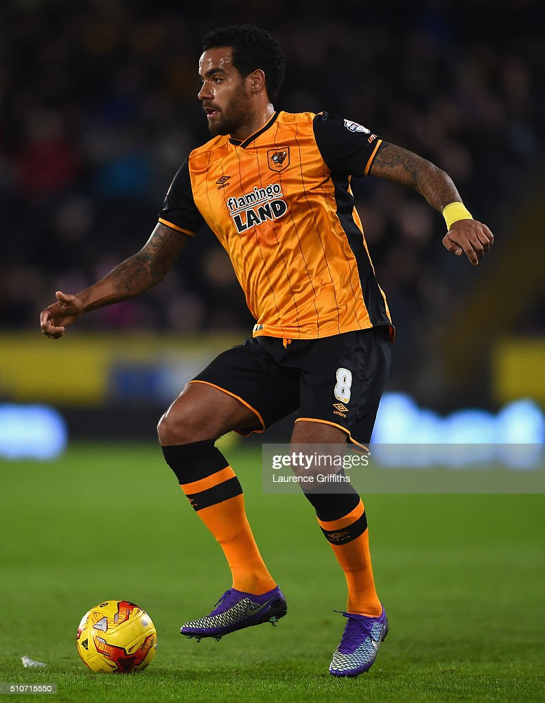 Tom Huddlestone of Hull City in action during the Sky Bet Championship match between Hull City and Brighton and Hove Albion at KC Stadium on February 16, 2016 in Hull, United Kingdom.