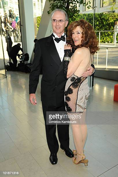 Tom Hutton and Mara Hutton attend the 2010 CFDA Fashion Awards at Alice Tully Hall Lincoln Center on June 7 2010 in New York City