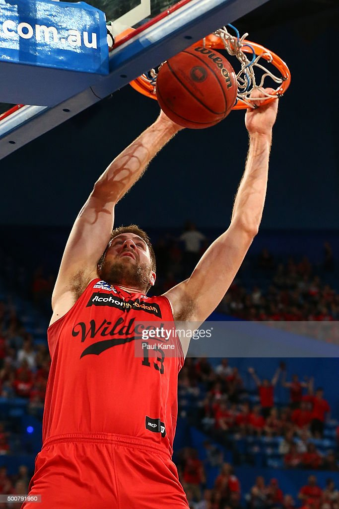 Tom Jervis of the Wildcats dunks the ball during the round 10 NBL match between the Perth Wildcats and Melbourne United at Perth Arena on December 10, 2015 in Perth, Australia.
