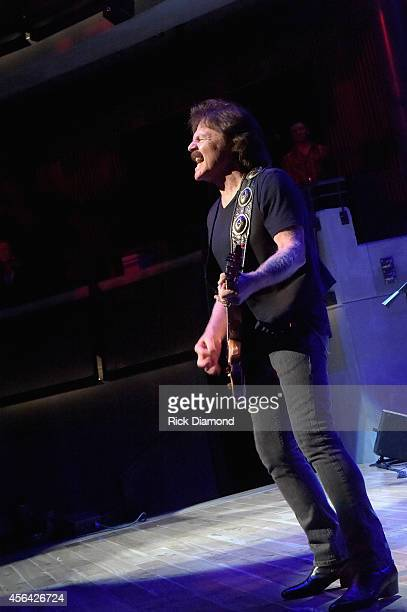Tom Johnston of The Doobie Brothers perform onstage at the Honors Awards Ceremony during Day 4 of the IEBA 2014 Conference on September 30 2014 in...