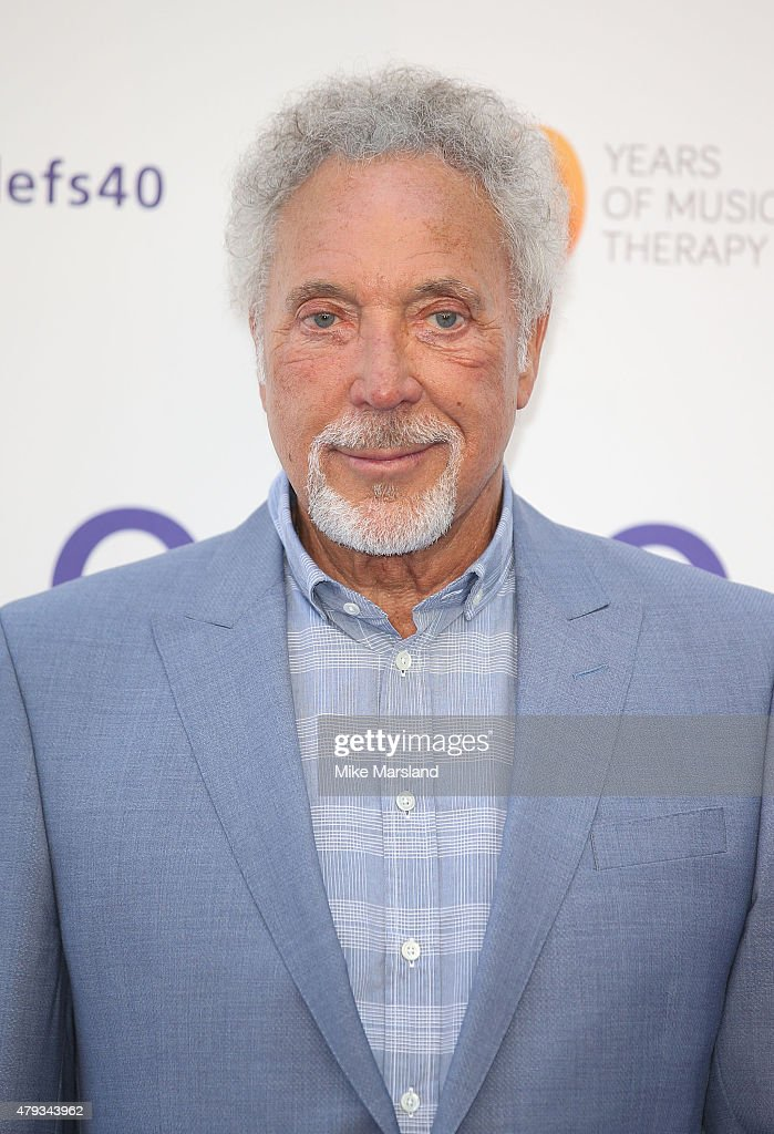 tom jones arrives at the nordoff robbins o2 silver clef awards at the grosvenor house hotel - Silver Hotel 2015