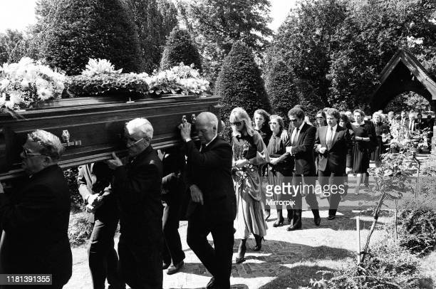 Tom Jones attends the funeral of his manager Gordon Mills in Hersham Surrey 5th August 1986