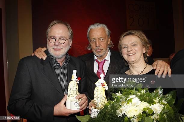 Tom Krausz Charles Schumann Und Elke Heidenreich Bei Der Verleihung Des Internationalen Buchpreises Corine In München