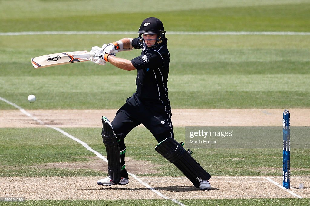 Tom Latham of New Zealand bats during the first One Day International match between New Zealand and Bangladesh at Hagley Oval on December 26, 2016 in Christchurch, New Zealand.