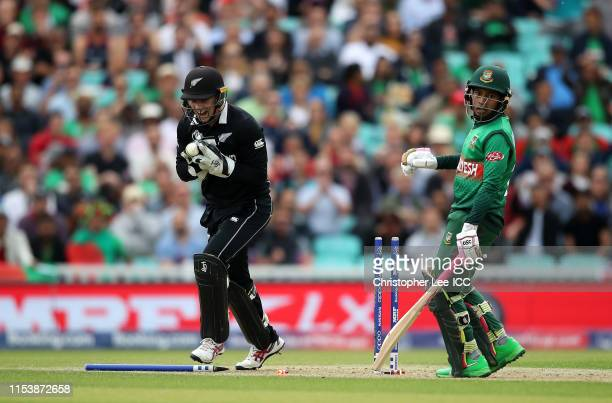 Tom Latham of New Zealand celebrates as he runs out Mushfiqur Rahim of Bangladesh during the Group Stage match of the ICC Cricket World Cup 2019...
