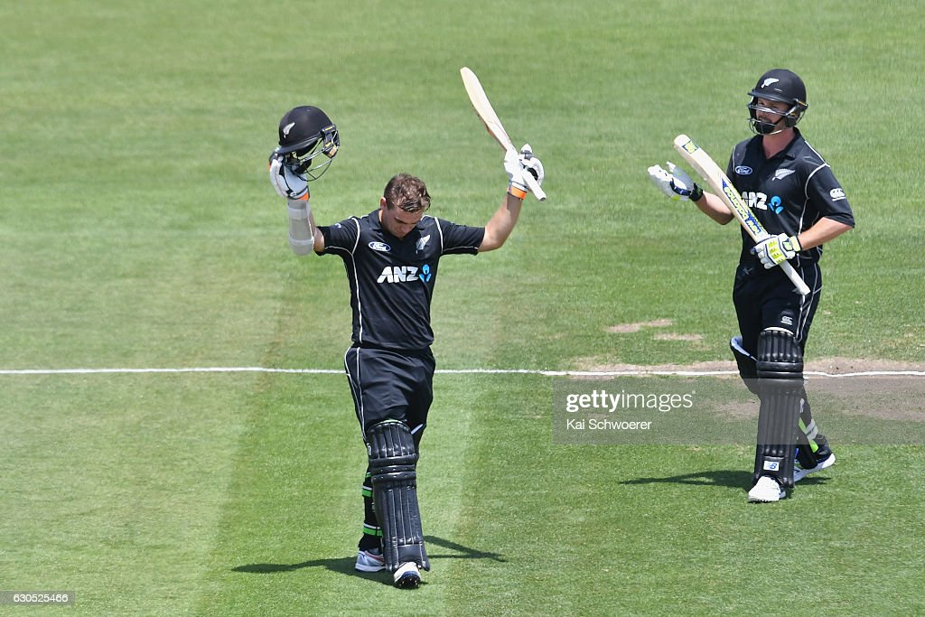 Tom Latham of New Zealand celebrates his century during the first One Day International match between New Zealand and Bangladesh at Hagley Oval on December 26, 2016 in Christchurch, New Zealand.