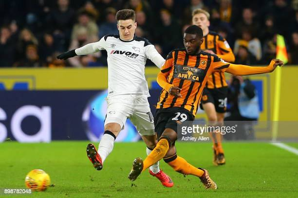 Tom Lawrence of Derby County is challengs Fikayo Tomori of Hull City during the Sky Bet Championship match between Hull City and Derby County at KCOM...