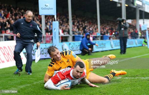Tom Marshall of Gloucester scores a the opening try during the Gallagher Premiership Rugby match between Gloucester Rugby and Wasps at on October 26...