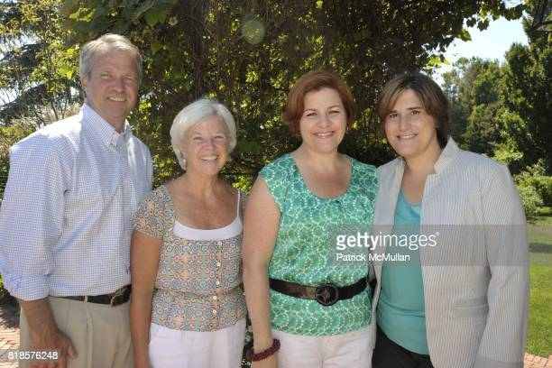 Tom McMann Linda Gibbs Christine Quinn and Kim Catullo attend Halle Berry Ronald Perelman and REVLON host a luncheon for The JENESSE CENTER at...