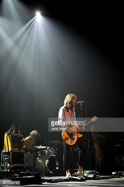Tom Ogden of Blossoms performs on stage at l'Auditori on November 10 2016 in Barcelona Spain