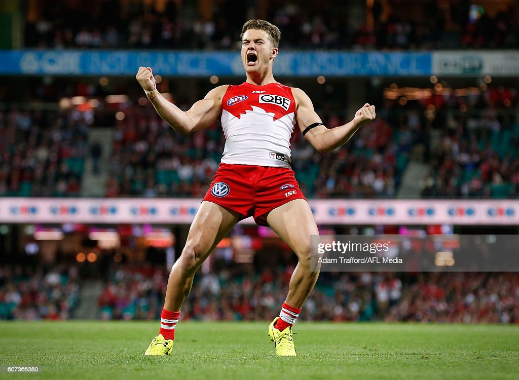 Tom Papley of the Swans celebrates a goal during the 2016 AFL First Semi Final match between the Sydney Swans and the Adelaide Crows at the Sydney Cricket Ground on September 17, 2016 in Sydney, Australia.