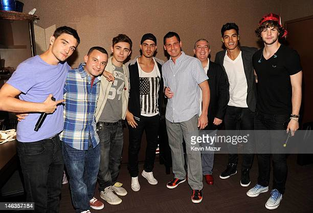 Tom Parker of The Wanted Josh Pugliese Nathan Sykes Max George Alex Carr Elvis Duran Siva Kaneswaran and Jay McGuiness of The Wanted attend the Media...