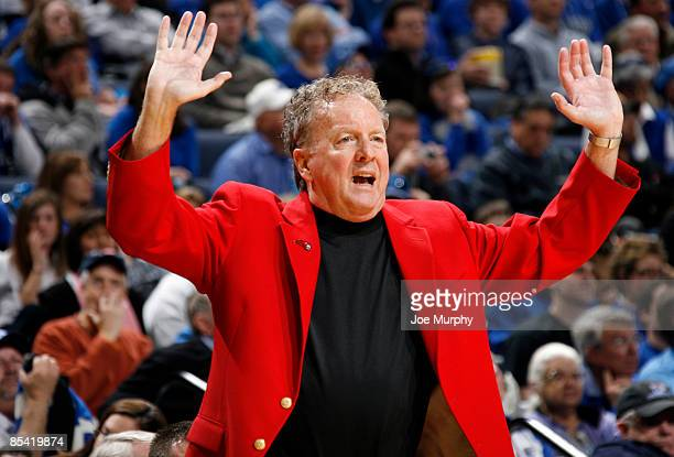 Tom Penders head coach of the Houston Cougars during the Semifinals of the Conference USA Basketball Tournament at FedExForum on March 13 2009 in...