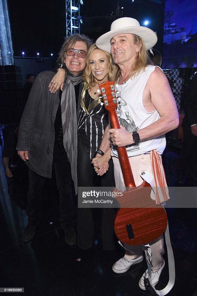 Tom Petersson, Sheryl Crow and Robin Zander attend the 31st Annual Rock And Roll Hall Of Fame Induction Ceremony at Barclays Center of Brooklyn on April 8, 2016 in New York City.
