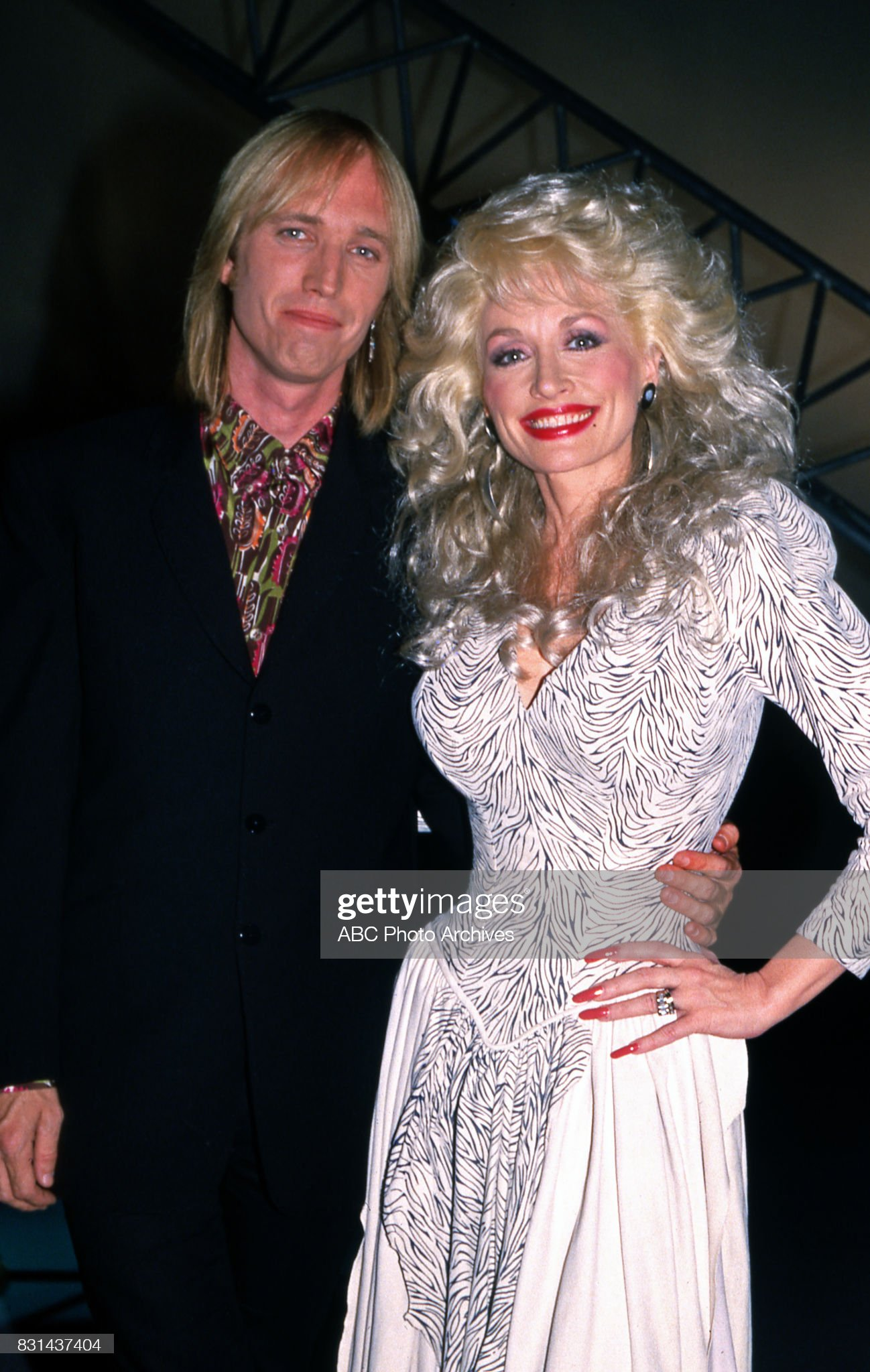 tom-petty-and-dolly-parton-on-dolly-in-1