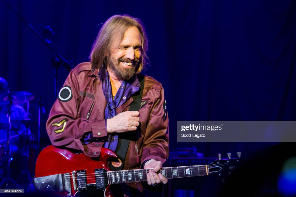 Tom Petty and the Heartbreakers perform at DTE Energy Music Theater on August 24, 2014 in Clarkston, Michigan.