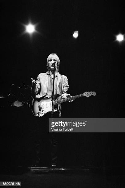 Tom Petty and the Heartbreakers perform on stage at Hammersmith Odeon London 6th March 1980