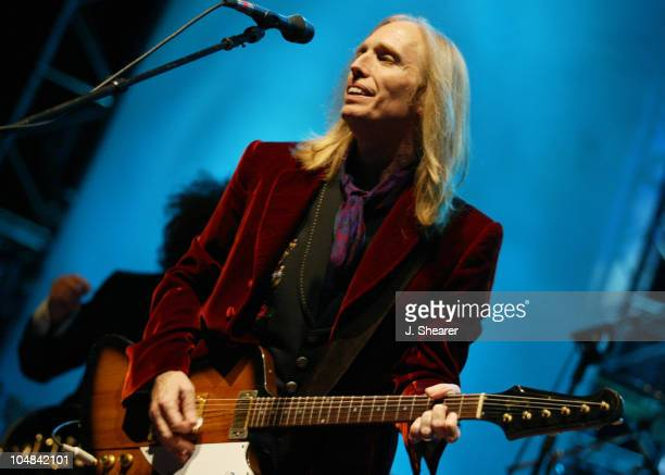Tom Petty and the Heartbreakers Tom Petty during Tom Petty and the Heartbreakers Tour 2002 San Francisco at Chronicle Pavilion in Concord California...