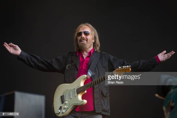 Tom Petty The Heartbreakers Stock Photos And Pictures Getty Images