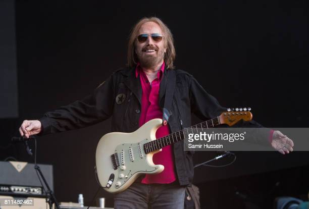 Tom Petty of Tom Petty And The Heartbreakers performs at Barclaycard British Summer Time in Hyde Park on July 9 2017 in London England