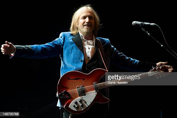 Tom Petty of Tom Petty and the Heartbreakers performs on the main stage on day 2 of The Isle of Wight Festival at Seaclose Park on June 22 2012 in...