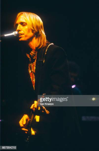 Tom Petty performing with The Heartbreakers at Vorst Nationaal Brussels Belgium 8th October 1987