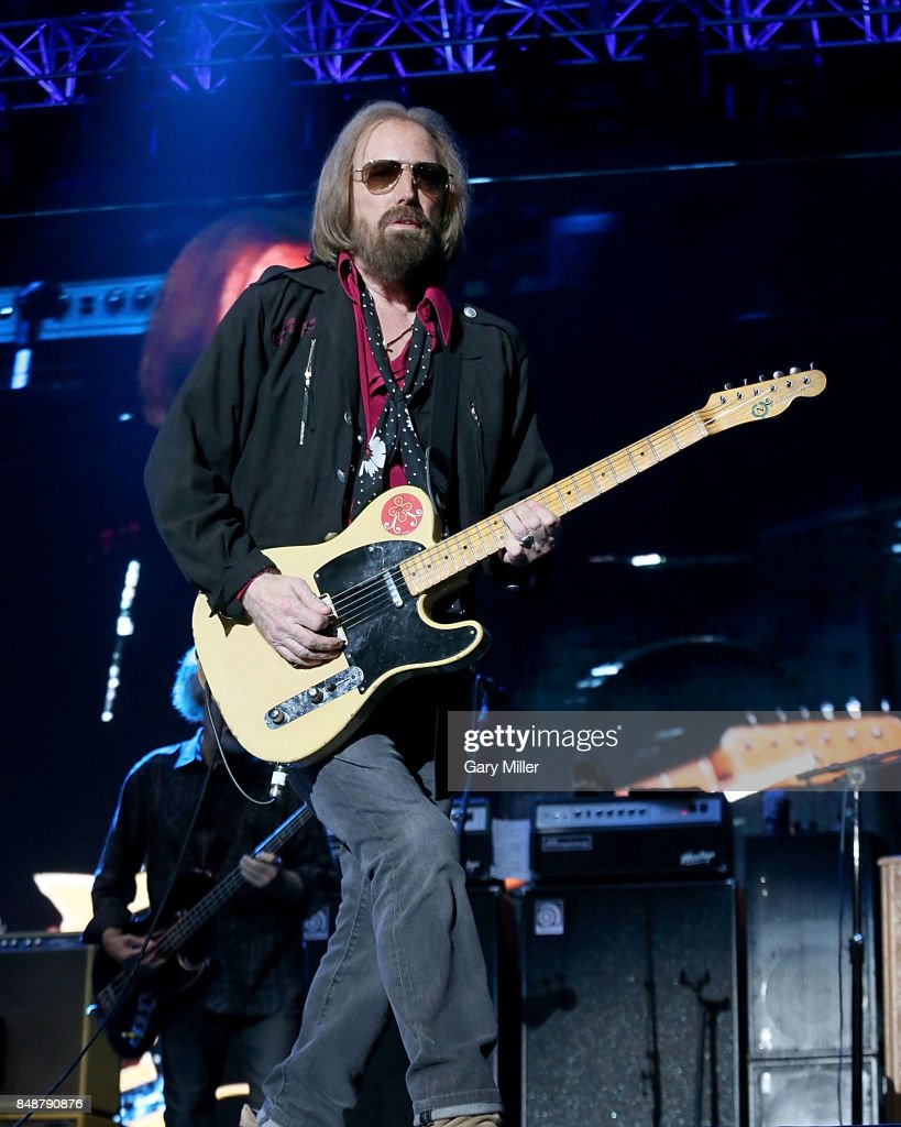 Tom Petty performs in concert on the third day of KAABOO Del Mar on September 17, 2017 in Del Mar, California.