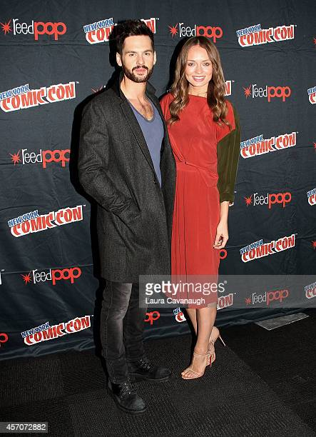 Tom Riley and Laura Haddock in the Press Room for 'Da Vinci's Demons' at 2014 New York Comic Con Day 3 at Jacob Javitz Center on October 11 2014 in...