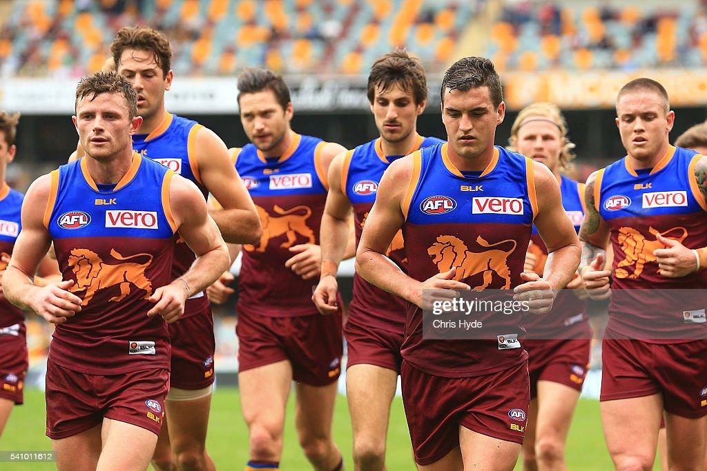 AFL Rd 13 - Brisbane v West Coast : News Photo