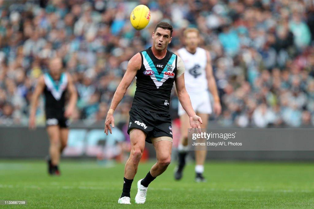 AFL Rd 2 - Port Adelaide v Carlton : News Photo