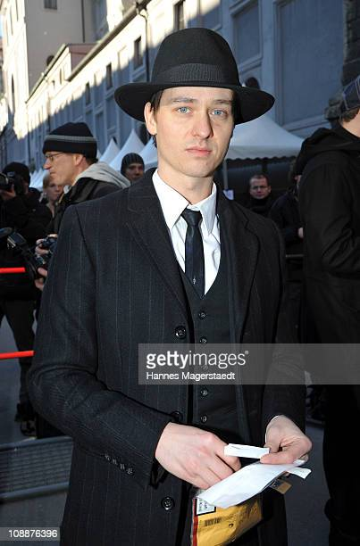 Tom Schilling attends the memorial service for Bernd Eichinger at the St Michael Kirche on February 07 2011 in Munich Germany Producer Bernd...