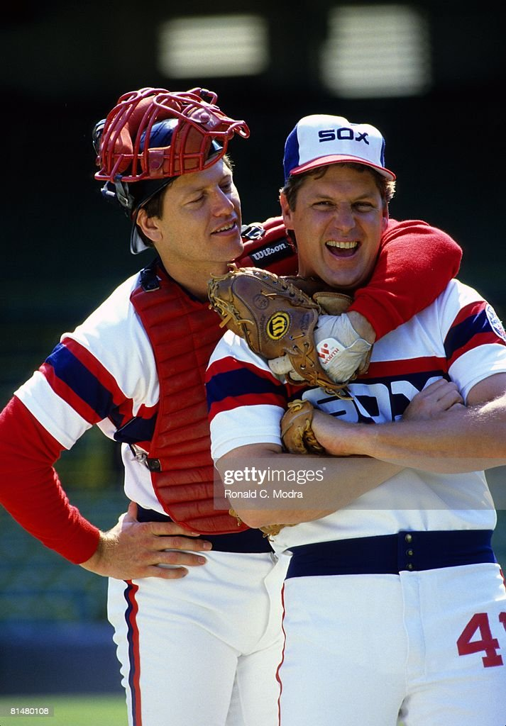 Tom Seaver #41 of the Chicago White Sox and Carlton Fisk #72 of the Chicago White Sox posing before a game at Comisky Park in July 1985 in Chicago, Illinois.