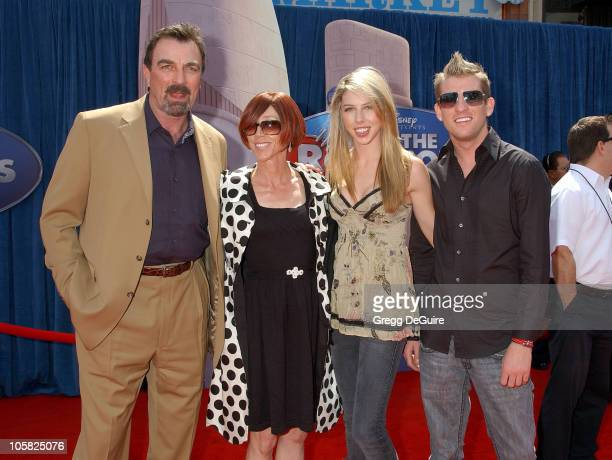 Tom Selleck Jilly Mack and daughter Hannah during Meet the Robinsons Los Angeles Premiere Arrivals at El Capitan Theater in Hollywood California...