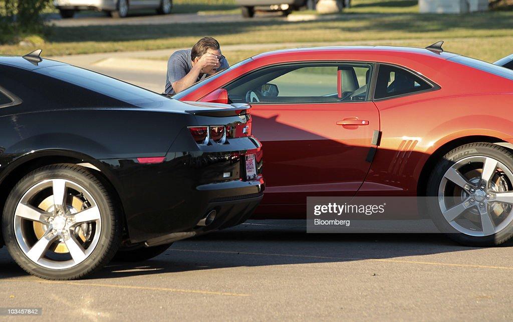 Marty Feldman Chevrolet >> Tom Semik, a former General Motors Co. employee from Novi, Michigan,... News Photo | Getty Images