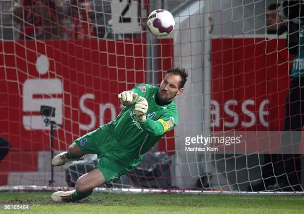 Tom Starke of Duisburg in action during the Second Bundesliga match between FC Energie Cottbus and MSV Duisburg at the Stadion der Freundschaft on...