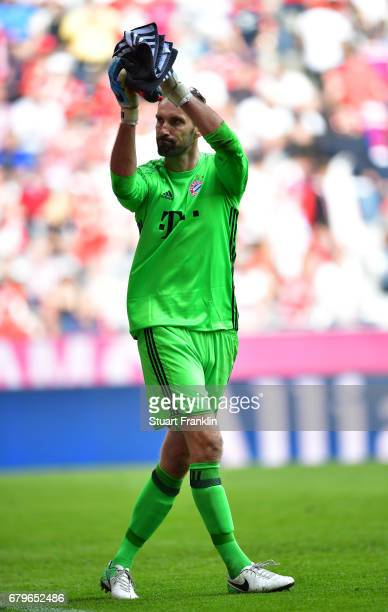 Tom Starke of Muenchen reacts after during the Bundesliga match between Bayern Muenchen and SV Darmstadt 98 at Allianz Arena on May 6, 2017 in...