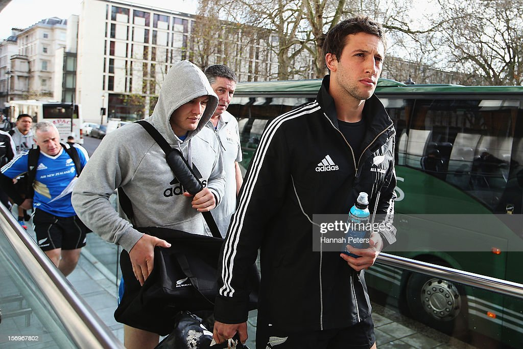 Tom Taylor of the All Blacks arrives for a recovery session at the Imperial College on November 26, 2012 in London, England.