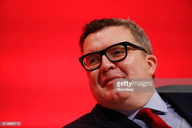 Tom Watson deputy leader of the UK opposition Labour Party attends the party's annual conference in Liverpool UK on Wednesday Sept 28 2016 UK...
