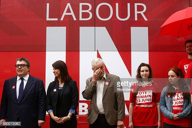 Tom Watson deputy leader of the UK opposition Labour Party left Gloria De Piero shadow minister for young people and voter registration for the UK...