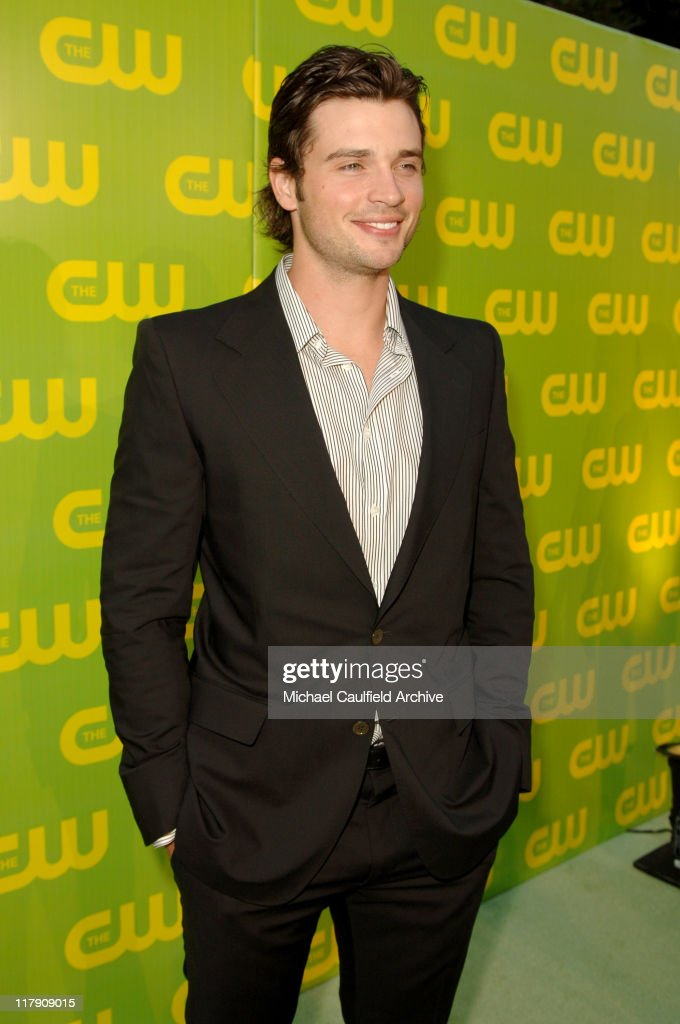 The CW Launch Party - Green Carpet : News Photo
